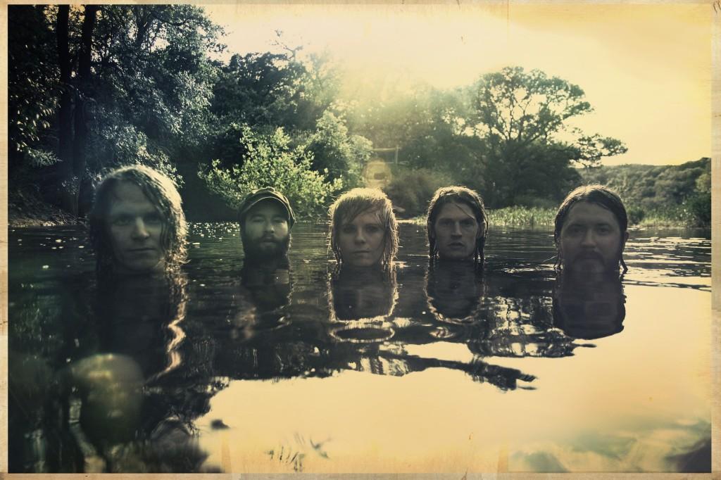 הבלאק איינג'לז (תמונת מחווה ללהקת Slint?) אלכס מאסס השני משמאל