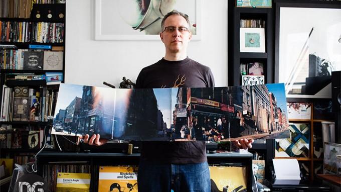 דיג'יי פוד עם האלבום Paul's Boutique שפורק בתכנית סוליד סטיל לגורמים ראשוניים